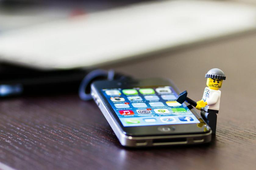 Apple заплатит миллион долларов за взлом айфона